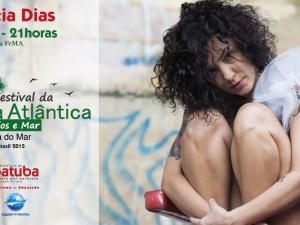 Cantora Andreia Dias se apresenta no VI FeMA