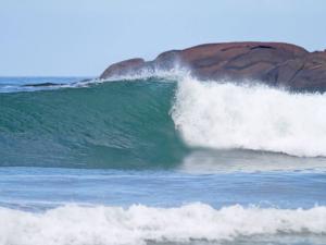 Itamambuca recebe segunda etapa do Ubatuba Pro Surf 2015