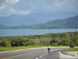 Competição sulamericana de triathlon UB515 Brasil Ultra tem largada em Ubatuba