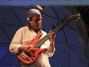 Dudu Lima Trio apresenta o CD Tamarear em Ubatuba e grava clipe em homenagem ao Rio Doce