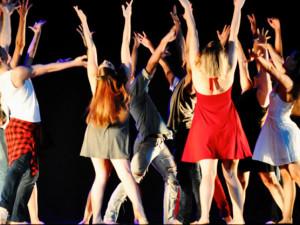 Festival Dança Ubatuba acontece no Teatro Municipal